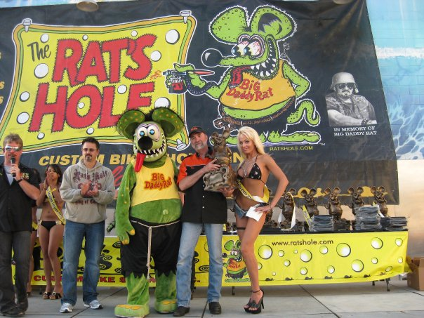 Rats Hole Custom Bike Show podium award
